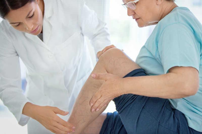 vein treatment center doctor consultation