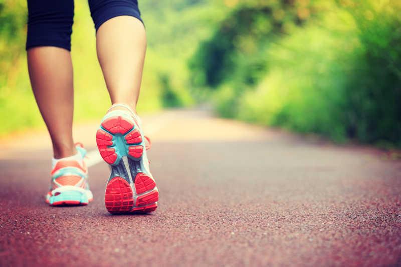 vein fee legs outside jogging